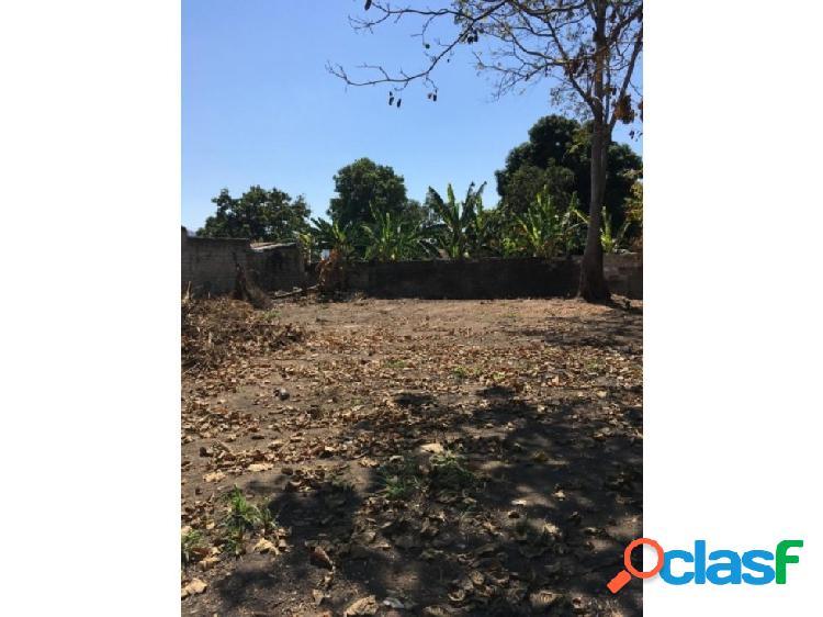 Terreno en conjunto cerrado Parque Residencial Las Mercedes 1