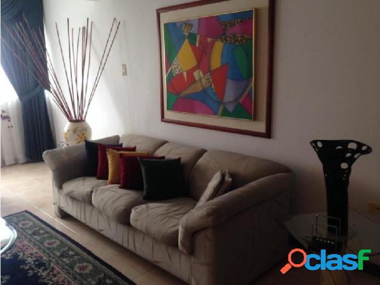 Apartamento en El Parral 20-7723 LlN 1