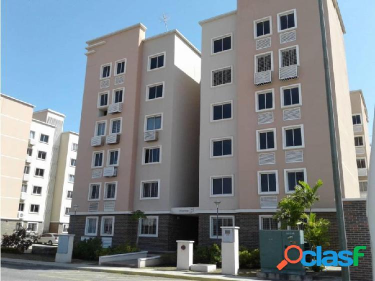 Apartamento en Venta en el Este de Barquisimeto 20-11354 EY 1