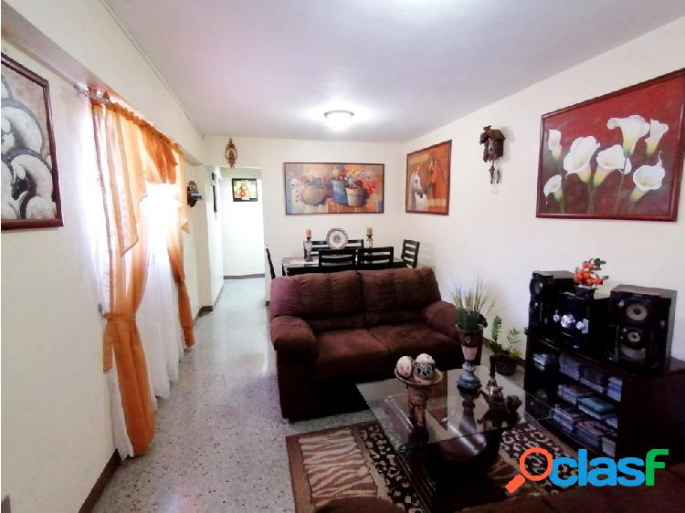 Apartamento en Venta en el Este de Barquisimeto 20-18362 EY 1
