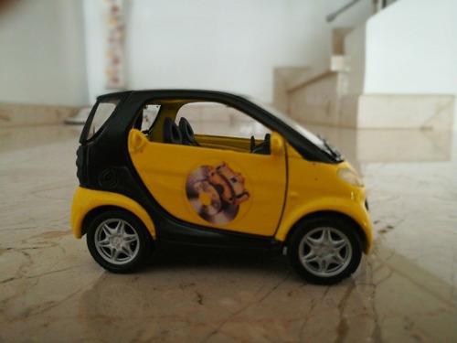 Auto miniatura(juguete) smart