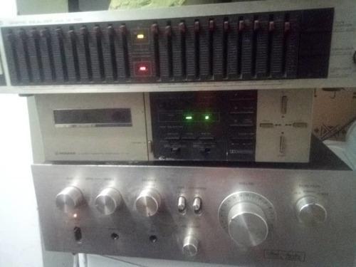 Amplificador, equalizador y otro