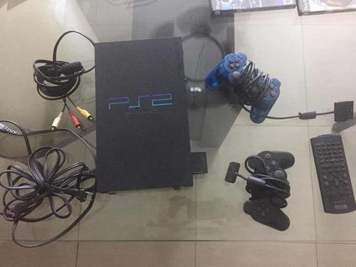 Playstation 2 con 2 controles y 7 juegos