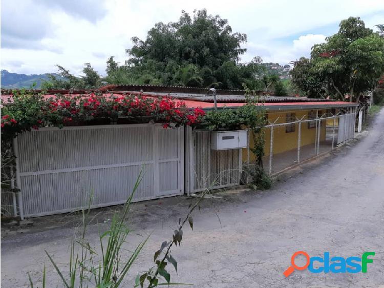 Los Teques Casa + anexo Lagunetica