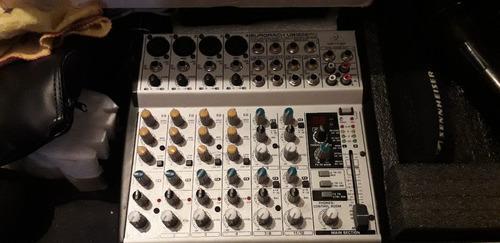 Consola profesional behringer xenyx 1202fx