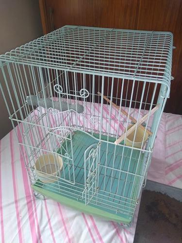 Jaula para mascotas decorativa, usada