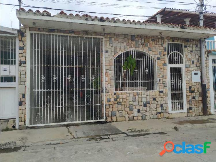 Casa en Las Delicias de Santa Rita