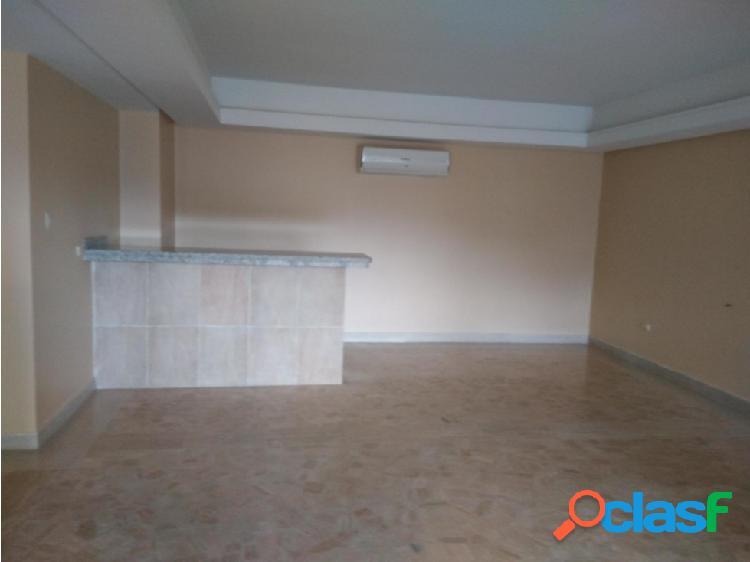 Apartamento en venta en El Parral Valencia 20-877 P1JJL 1