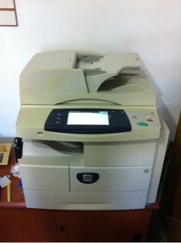 Fotocopiadora multifuncional xerox 4260