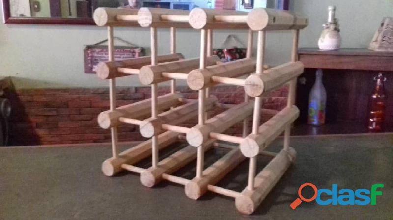 Porta botellas de madera de pino