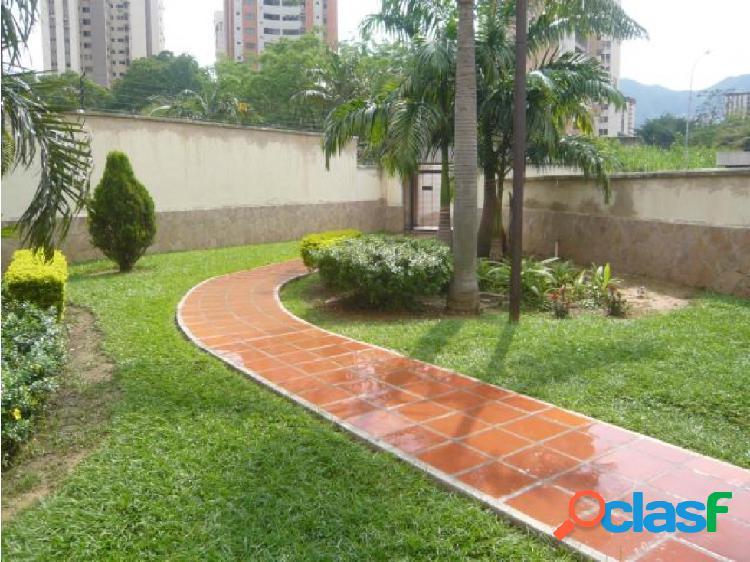 Apartamento en venta en Valles de Camoruco 20-7010 CEA 1