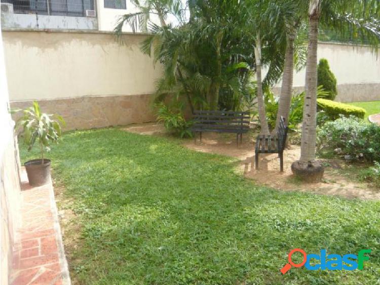 Apartamento en venta en Valles de Camoruco 20-7010 CEA 2