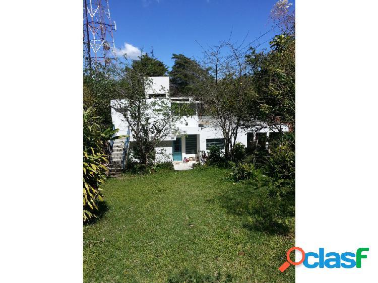 Se vende casa 250m2c / 755 t/ 6h/4b/ 2p/ el junko country club