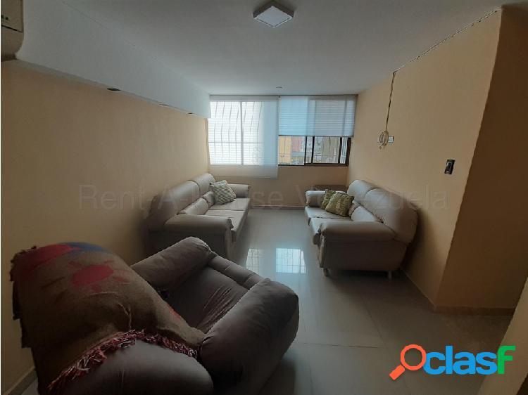 Apartamento venta el parque barquisimeto 20-8646 aj