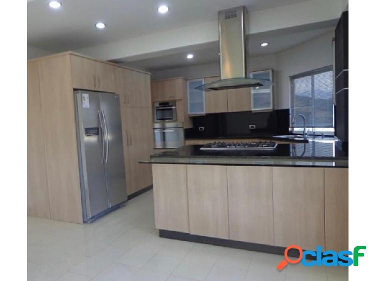Apartamento en la Urbanización El Parral. 3