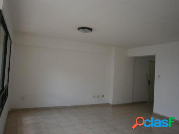 Apartamento en El Parral 20-10511 RAGA 3