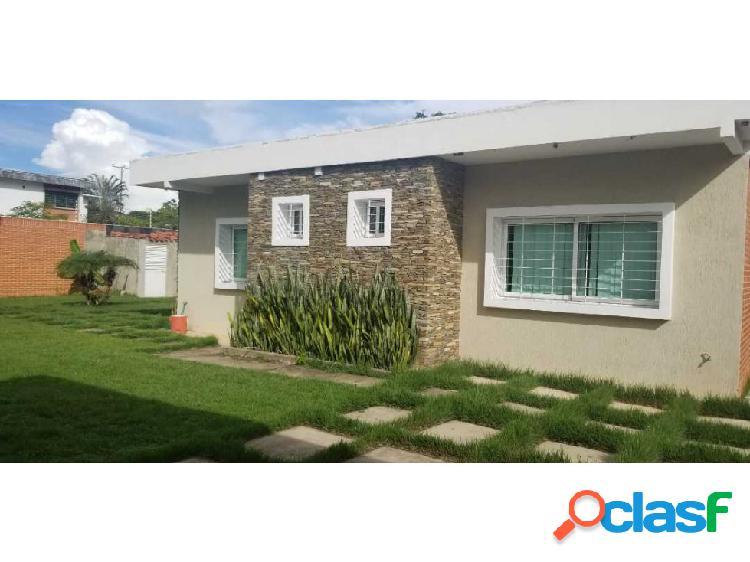Oportunidad de compra, bella casa en colinas de guataparo