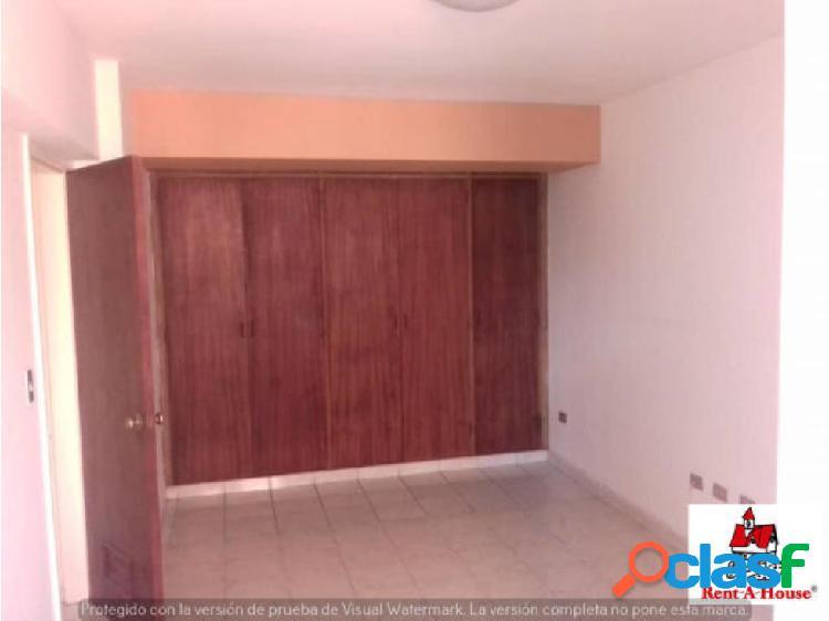 Apartamento en Venta El Parque de Barquisimeto jrh 3