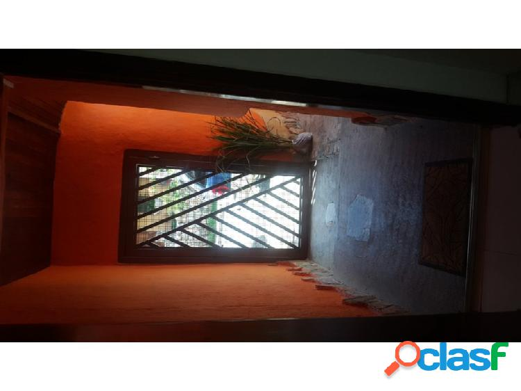 Casa Quinta estilo Colonial en La Entrada, sector Altamira 2