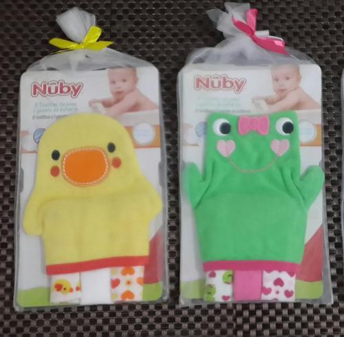 Guante de baño bebe mas 3 toallitas faciales nuby