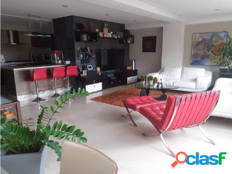En venta hermoso apartamento en el Parral 2