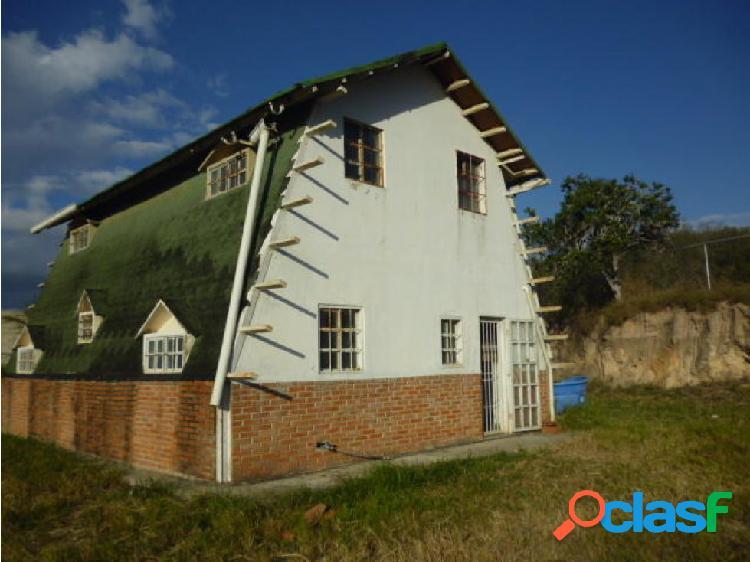 Casa en Venta Barquisimeto El Manzano, AL 20-5749 3
