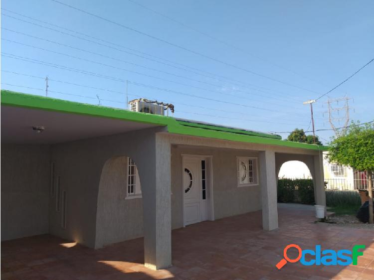 Excelente casa de platabanda barrio libertad