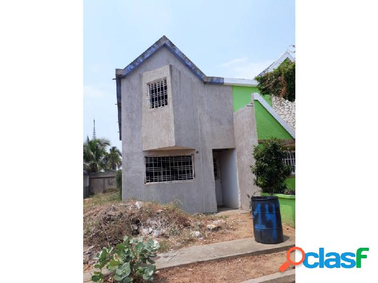 Townhouse en venta villa tamare