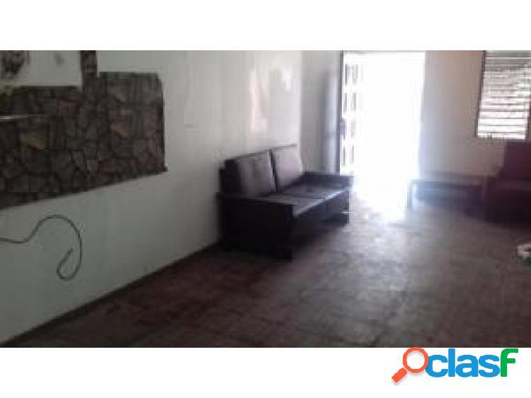 Casa en venta en barquisimeto del este, al 20-2683