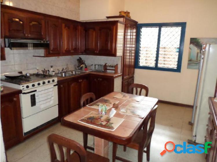Casa en venta en barquisimeto rotaria, al 20-3416