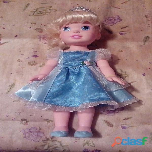 Muñeca Cenicienta de Disney 3