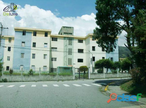 Cómodo apartamento de 55m2 de construcción, urbanización humboldt