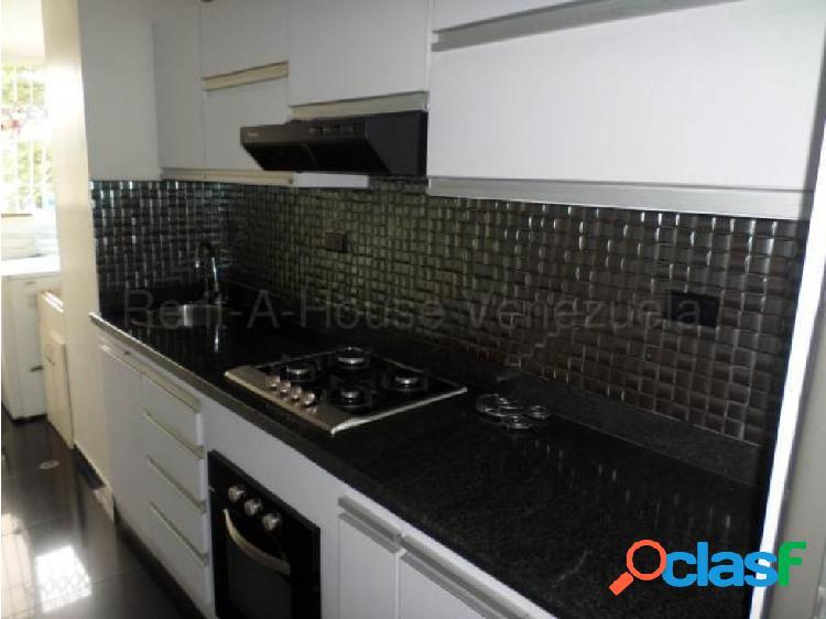 Junior alvarado vende apartamento en bqto rah:20-8646 ?04245034947