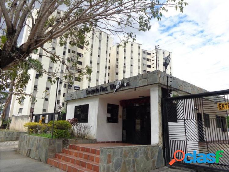 Apartamento en venta en naguangua urb la granja 20-7014 liri