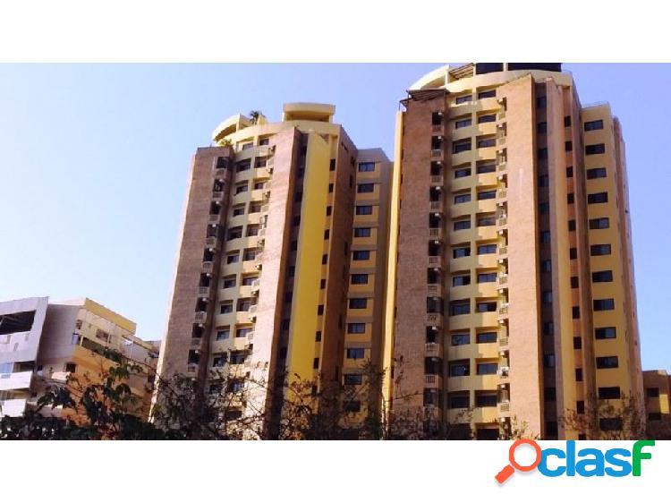 Apartamento en venta en la trigaleña valencia 20-6935 raga