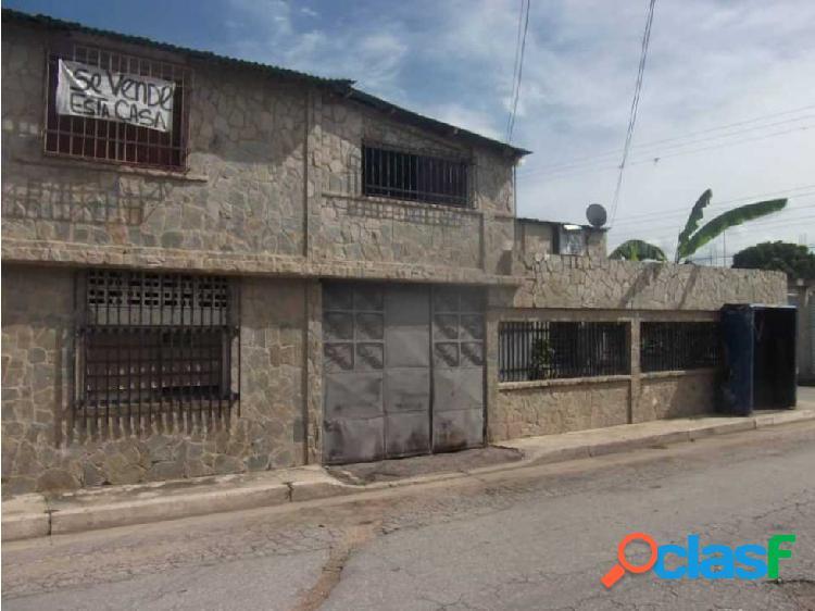 Casa Barrio Los Hornos de Palo Negro Edo Aragua 1