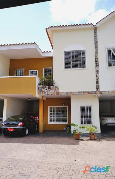 Casa en El Parral de 303 m2