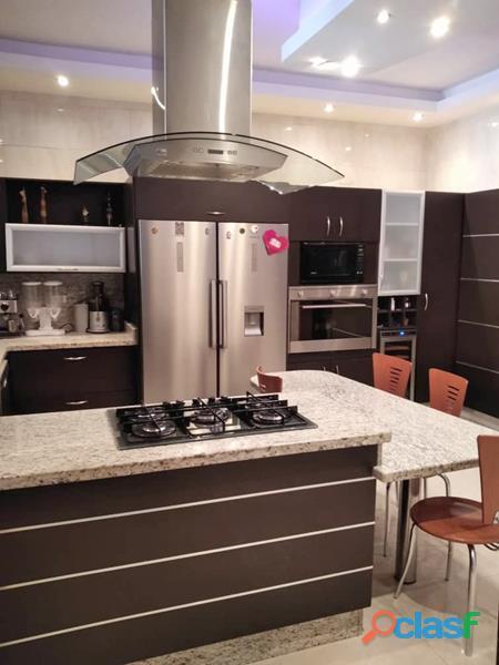 Casa en El Parral de 303 m2 2