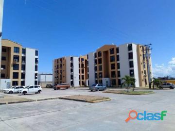 Apartamento en venta en paraparal, los guayos, carabobo, enmetros2, 20 82022, asb
