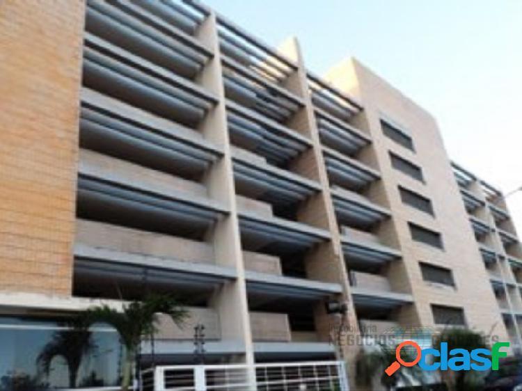 Apartamento en residencias altolar, villa granada