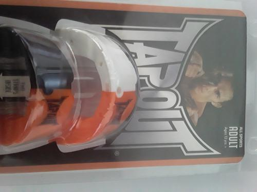 Protector bucal marca tapout.