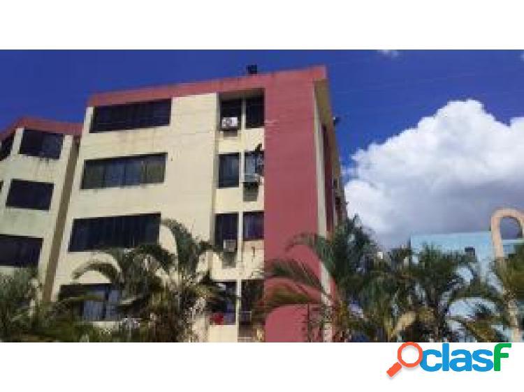 Apartamento en venta en La Campiña cod 20-3715 opm