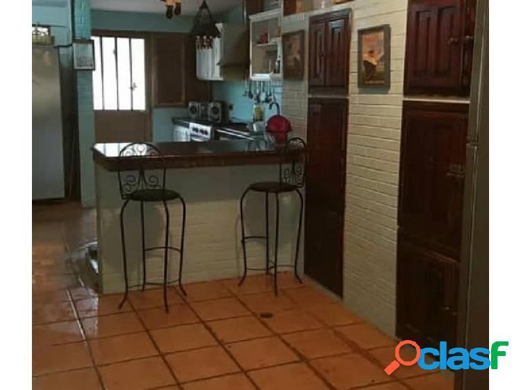 Townhouse en Urbanización Privada. Casa en venta. 2