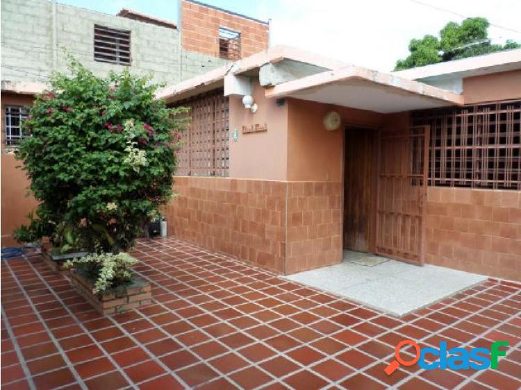 Casa en Venta Barquisimeto RAH 20-3081 ML 04245105659 1