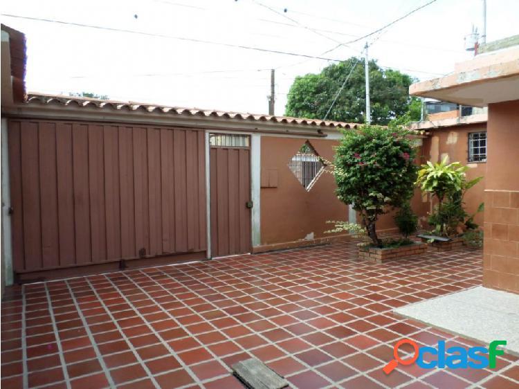 Casa en Venta Barquisimeto RAH 20-3081 ML 04245105659 2