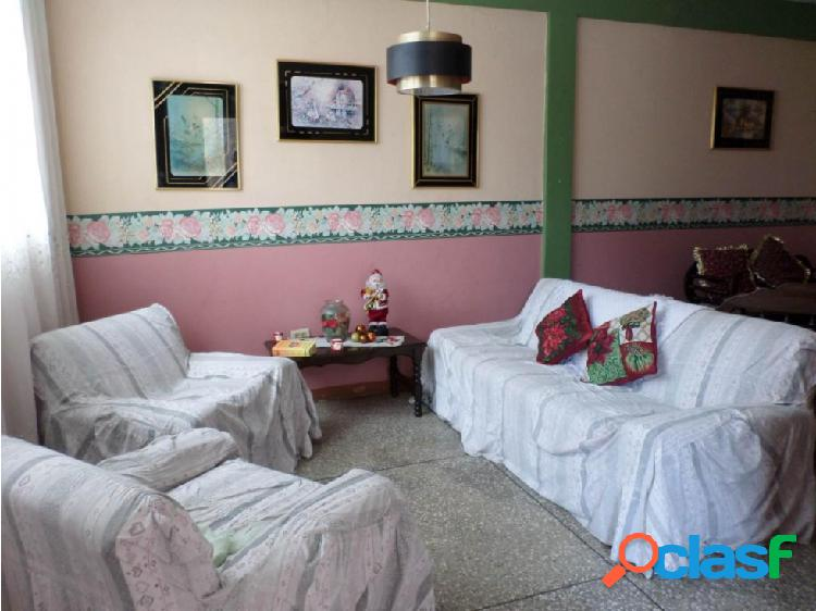 Casa en Venta Barquisimeto RAH 20-3081 ML 04245105659 3