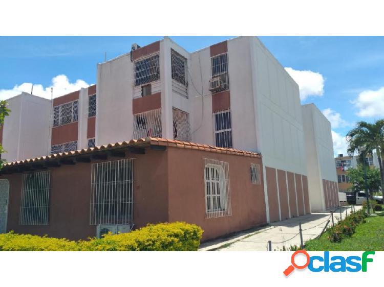 Alquiler Apartamento Barquisimeto Este Rah 20-23313 ML