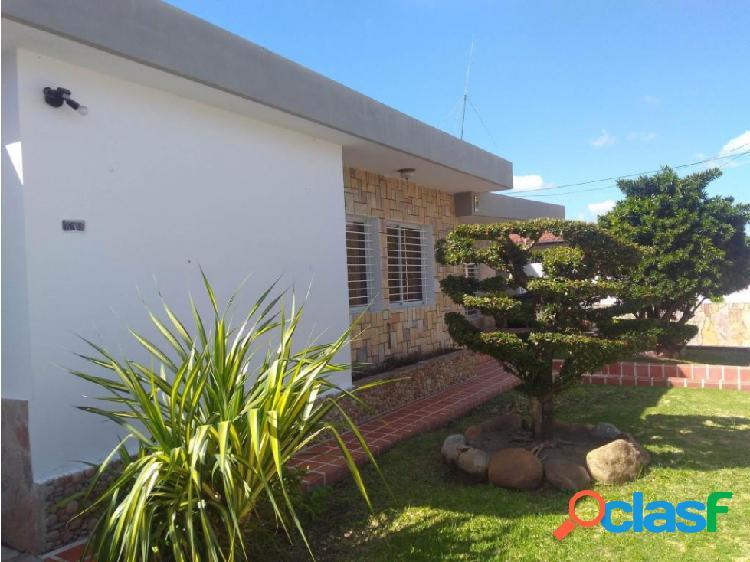 Casa en Venta Este de Barquisimeto RAH 20-175 ML