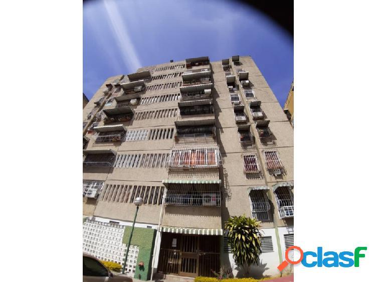 Apartamento en urbanización la montaña- turmero - maracay