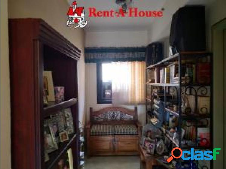 Apartamento en venta en El Parral cod 20-19935 opm 2
